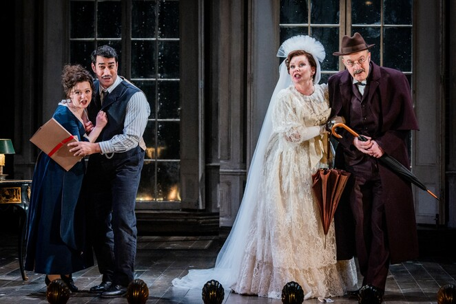 The Marriage of Figaro, Theatre, Salford Quays, Lowry Centre, Mozart, Opera North