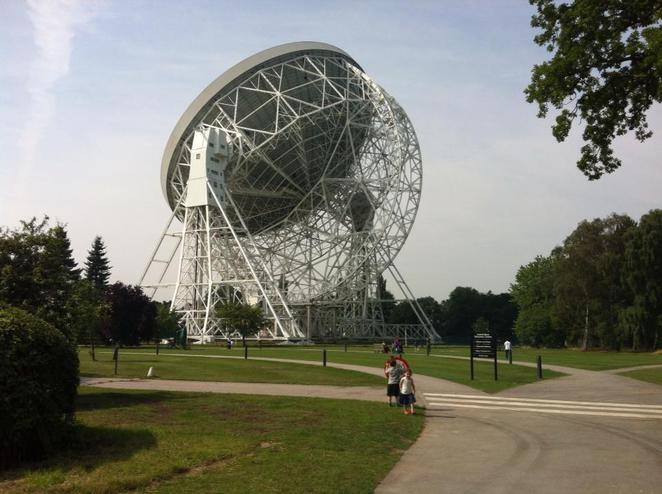 Jodrell Bank day out family space manchester