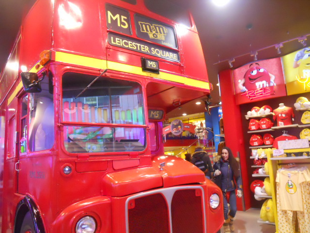 m&ms world, leicester square, bus