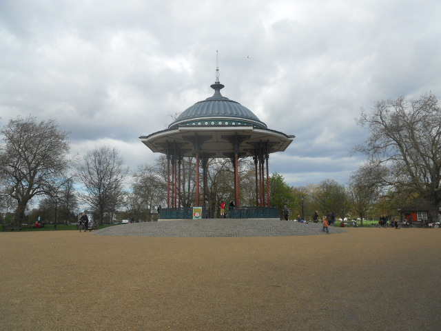 clapham common, bandstand