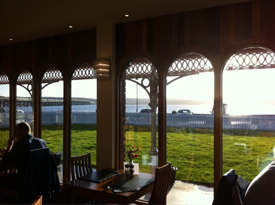 bridgeview station restaurant, cafe, river tay, tay bridge, view,