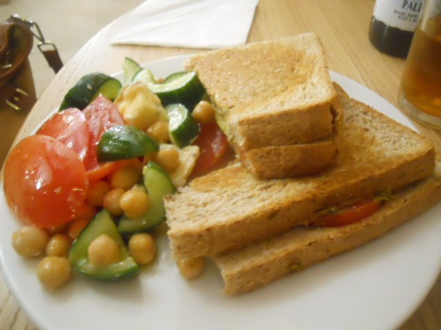 cafe in the crypt, spits live, chris ike, christ church spitalfields, mozzarella, tomato, toast, chickpea salad
