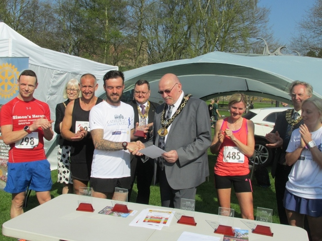 Cathedral to Castle Run, Mayor of Tamworth
