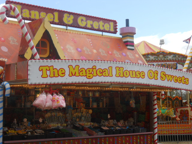 clapham common, theme park, fun fair, hansel and gretel, magical house of sweets