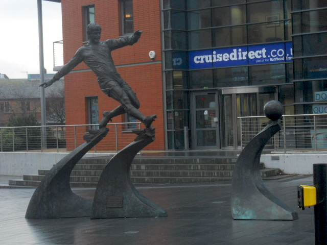 Emlyn Hughes, barrow in furness, statue