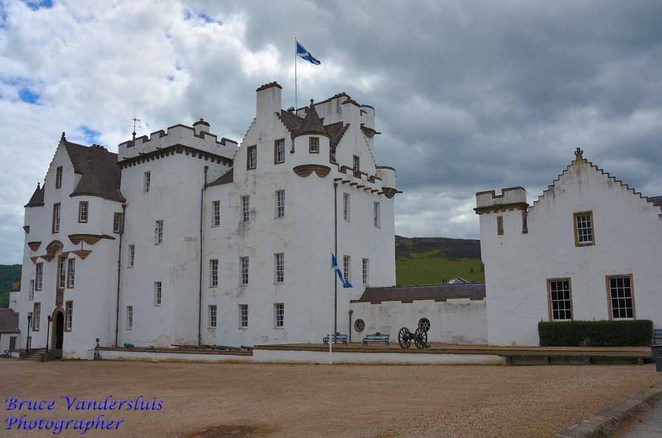 Blair Castle, ghosts, medieval weaponry, animals, fauna, flora, streams, gardens, atholl, stewarts, murrays, jacobites, battle of culloden, perthshire, inverness, scottish highlands