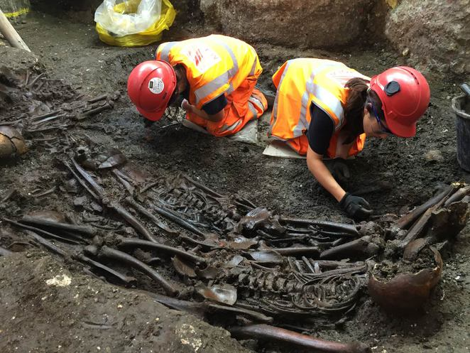 Mass burial site containing victims of The Great Plague of 1665 uncovered at Liverpool Street during Crossrail excavation August 2015