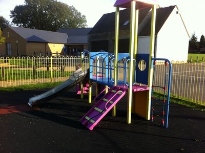 Exeter Park, kidlington, playpark, slide