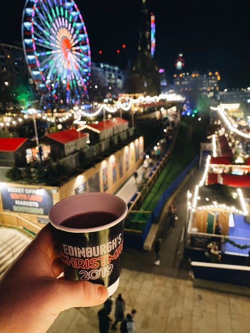 Edinburgh Christmas, Edinburgh Christmas Markets, Johnny Walker Bothy Bar, Christmas Markets 2019