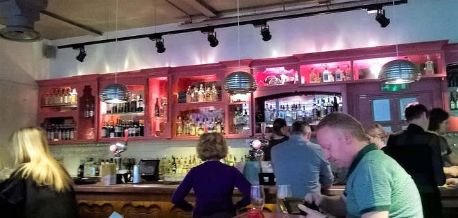 las iguanas newcastle mexican food restaurant bar