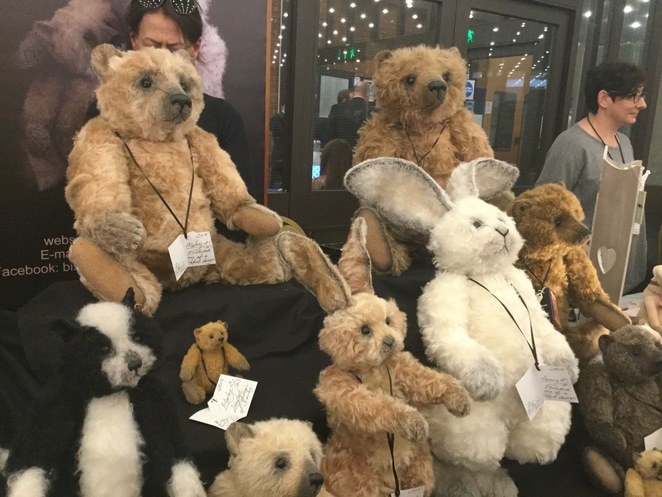 hugglets, teddies, winter fest, Bisson bears, Gail Thornton