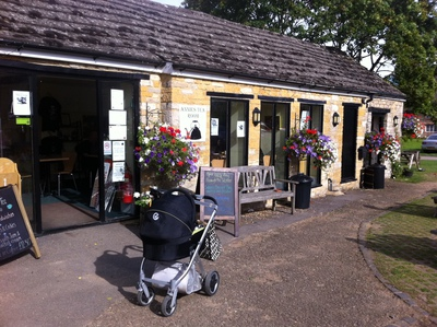 Annie's Tea Room, Thrupp