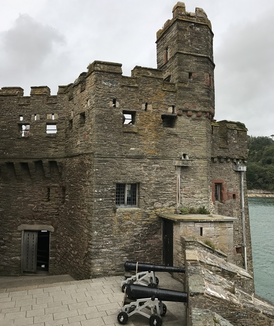 dartmouth castle, dartmouth church, things to do in dartmouth devon, historical places in devon, holidays in devon, castles in england, english heritage, st petrox church