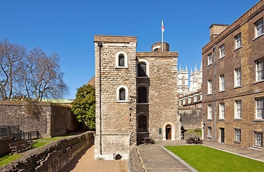 jewel tower, london things to do, national trust, english heritage, westminster palace, english history, royal castles, royal palace