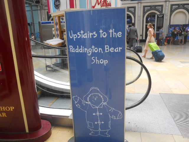 paddington station, the paddington bear shop