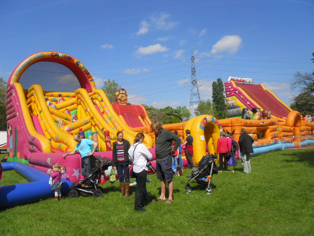 inflatable slide, morden hall country show, oakleigh fairs