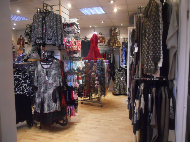 ulverston, town centre, pretty things boutique