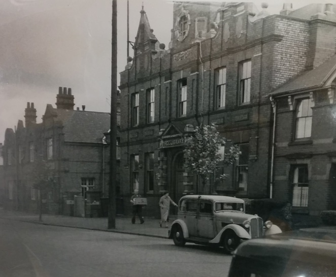 Black Country Living Museum, Woodside Library