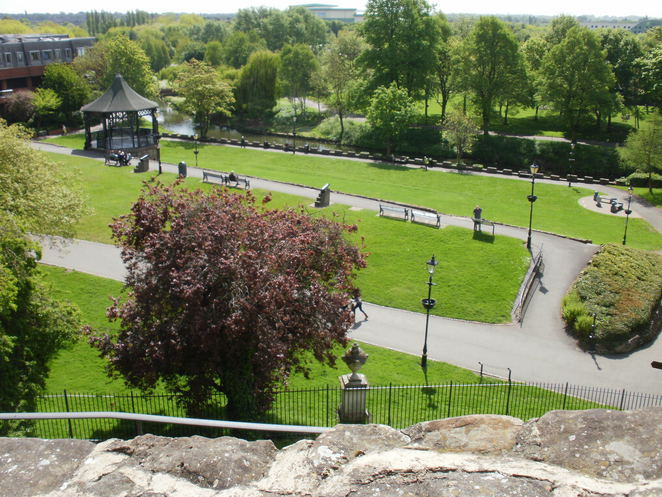 Tamworth Castle Grounds, bandstand, concerts, Tamworth Assembly Rooms, Ankerside Shopping Centre