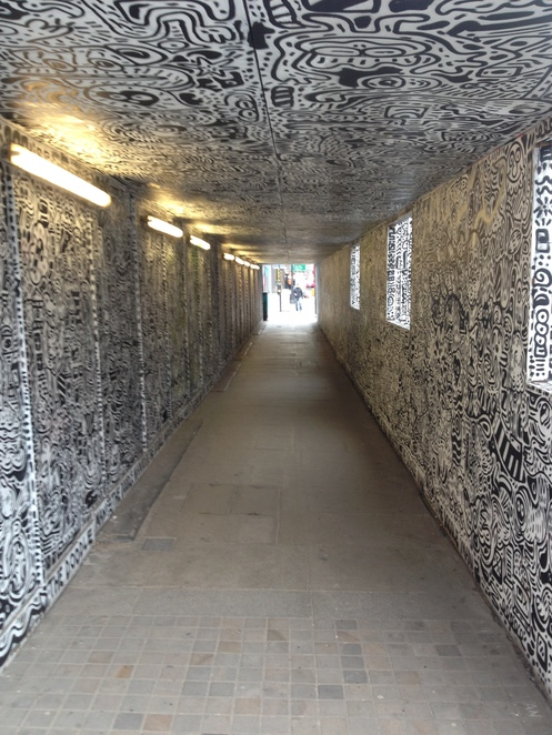 The Doodle Man Alley
