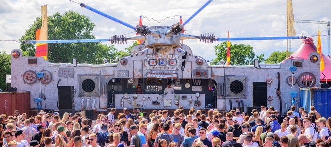 Eastern Electrics, EE, stage, party, muic