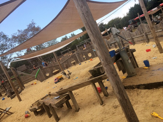 sand, play area, odds farm park, london