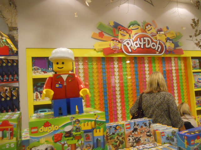 selfridges, christmas emporium, destination christmas, play-do, duplo, lego