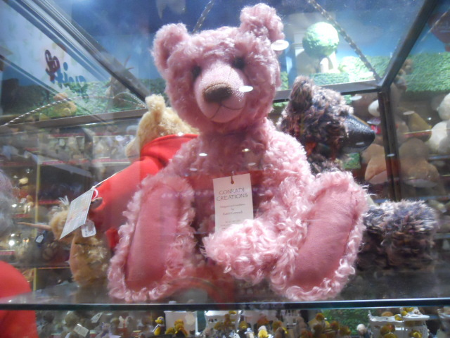 hamleys, bears, steiff, collectable