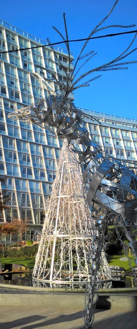 Liverpool One, Christmas decorations, reindeer, Christmas tree, statues, festive decorating