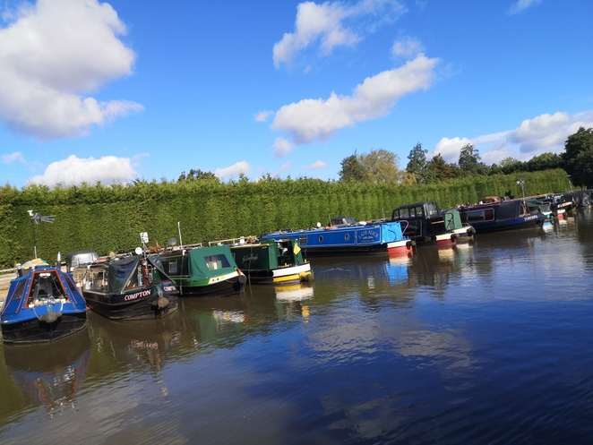 Narrowboat day trip, staycation, Anglo welsh