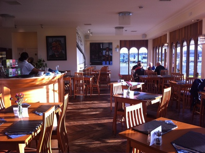 bridgeview station restaurant, cafe, dundee, river tay, tay bridge, river view
