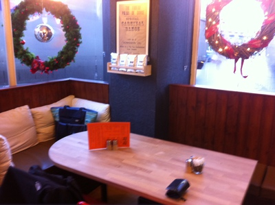 88, Forfar, Cafe, Coffee, Lunch, Wooden table, built in table, window wreath