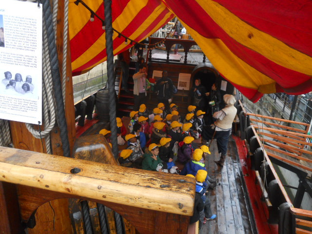 golden hinde, guided tour