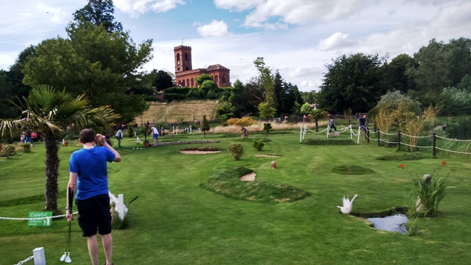 Mini golf, Mini Pro Golf and Parks Wolverley