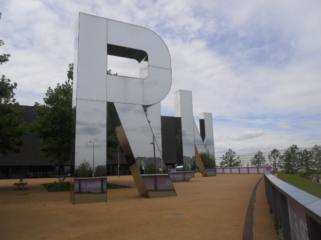 queen elizabeth olympic park, alfred's meadow, copper box, run