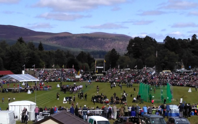 braemar gathering,highland games,royalty,queen,scotland,braemar,bagpipes,history,dancing