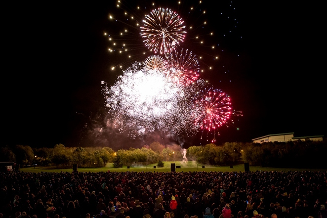 Tamworth Fireworks, Tamworth Castle