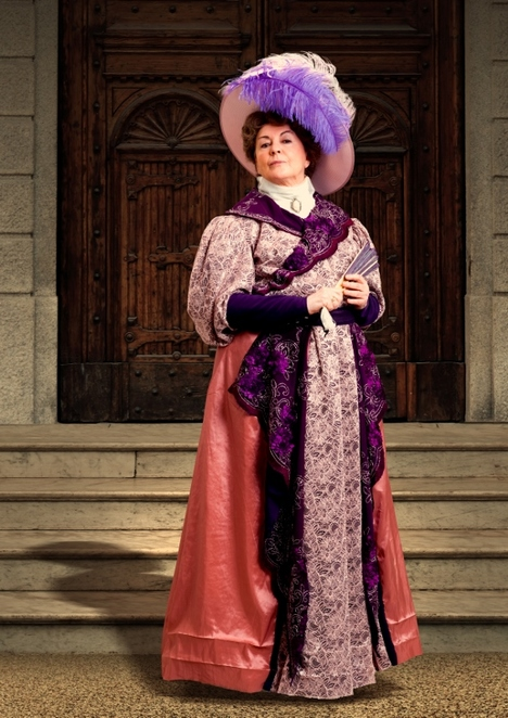 Gwen Taylor, The Importance of Being Earnest