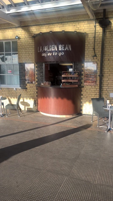 LA Golden Bean, train station, cafe, coffee, travelling, train station, tea,