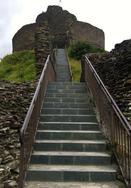 launceston,castle,english heritage,historic,cornwall,tower,free,fort,fortification