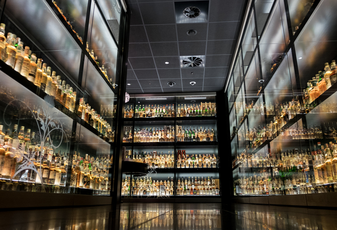 whisky drinks scotland edinburgh culture day out museum explore local