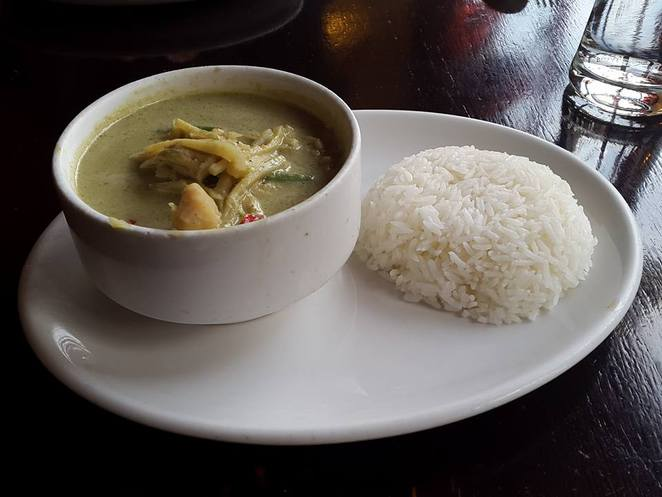 green, green curry, green chicken curry, green curry chicken, chicken, curry, thai, thai food