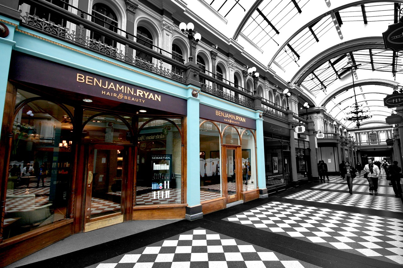 Benjamin ryan hair and beauty salon birmingham for Hair salon birmingham