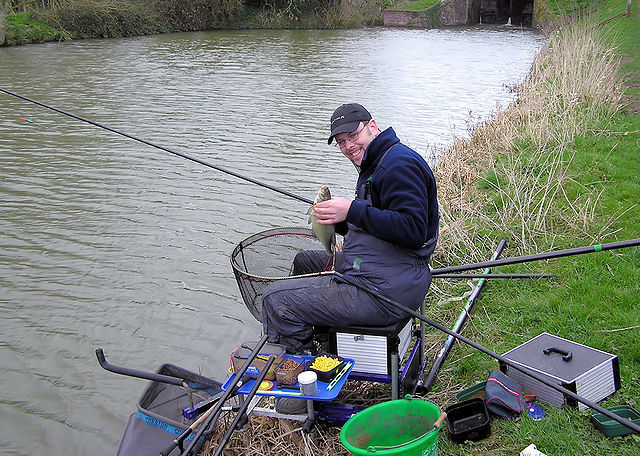 london fishing,london best fishing,london fishing spots,london best fishing spots,london top fishing spots,Epping Forest fishing,Clapham Common fishing,Walthamstow fishing,Shadwells fishing,Fairlop Waters fishing