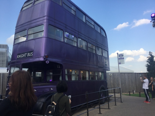 Warner Bros. Harry Potter Studio Tour, Leavesden Studio, knight bus