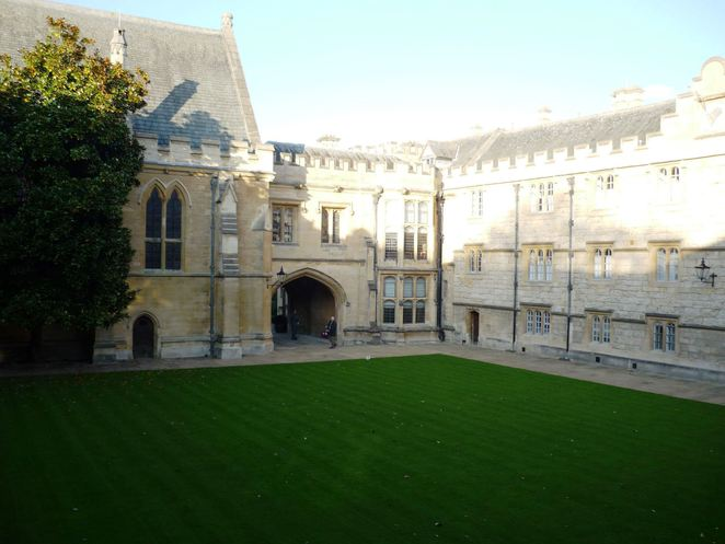 Fellows, quad, Oxford, Merton, College