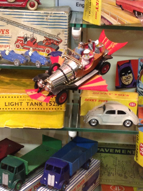 chitty chitty bang bang toy, mount fitchet, toy museum, house on hill