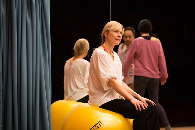 Circle Mirror Transformation, Amelia Bullmore, HOME, Manchester, theatre