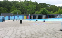 London Swimming Pools Weekendnotes