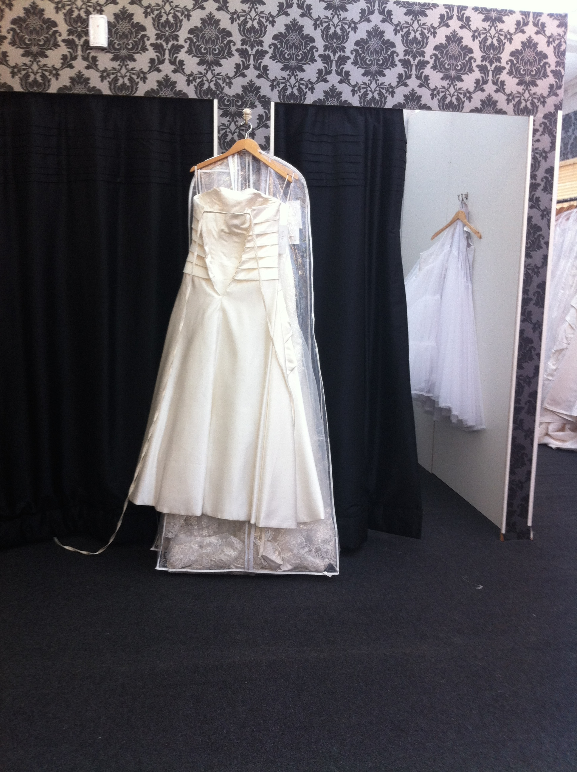 wedding dress factory outlet burbage reviews